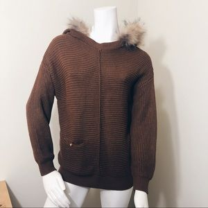 Sweaters - Unbranded knit hooded sweater